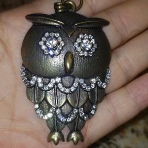 Gold tone and sparkly owl necklace PM 595